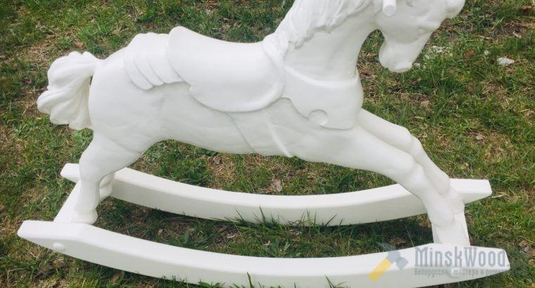 Детская лошадка. Детская качалка