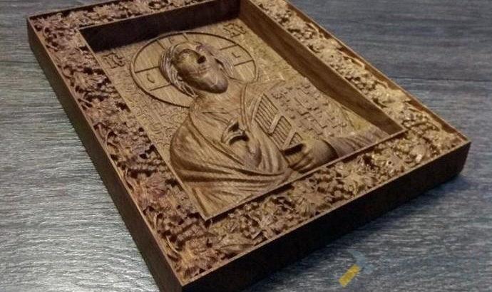 Икона Иисуса Христа из массива дуба