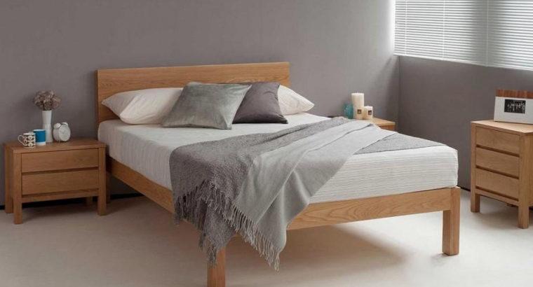 Кровать двуспальная из массива в стиле лофт
