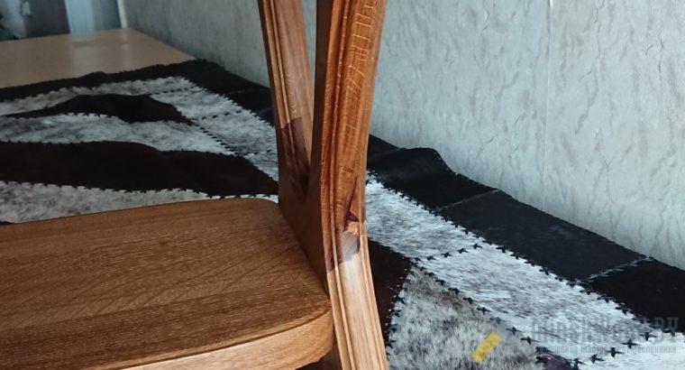Журнальный стол из массива дуба