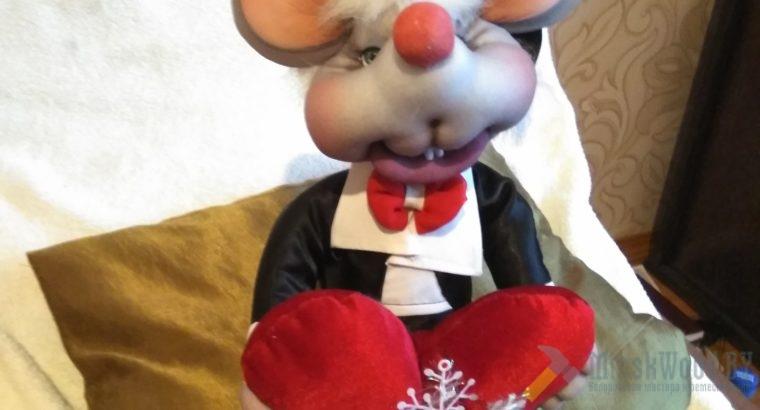 Мышонок-джентельмен