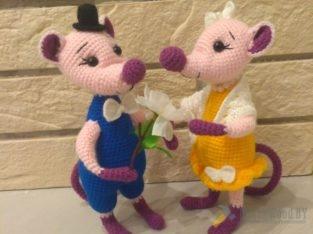 Влюбленные мышата.